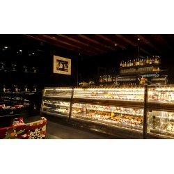 BOCCHINNI - Diseños a medida para heladerias y locales comerciales
